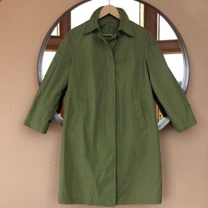 London Fog green coat 🧥 in excellent condition